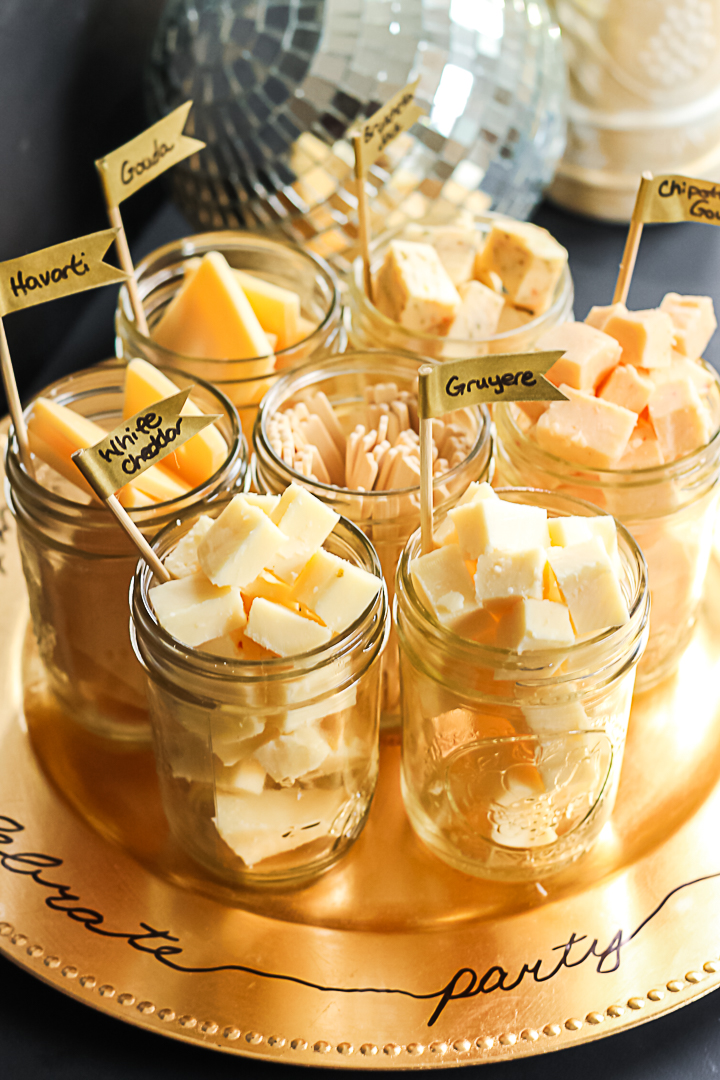 serving cheese in mason jars