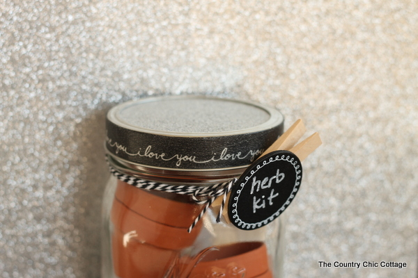 herb kit gift in a jar-001