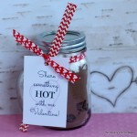 A fun mason jar gift idea for Valentine's Day! Free printable tag along with instructions!