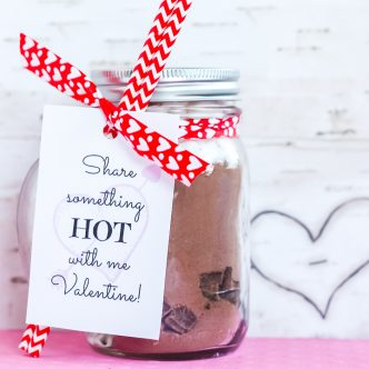 hot chocolate gift in a jar