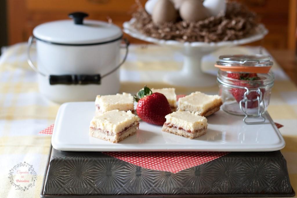 Fresh Strawberry Lemon Shortbread bars from cupcakesandcrinoline.com