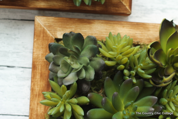 A Fun Faux Succulent Wall Hanging That You Can Make In 10 Minutes Or Less!