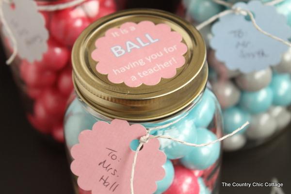 Gumball Mason Jar Teacher Gift -- perfect for Teacher Appreciation week!
