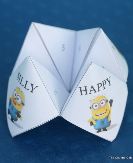 Minion cootie catcher -- print your own for free and let the kids have a blast!