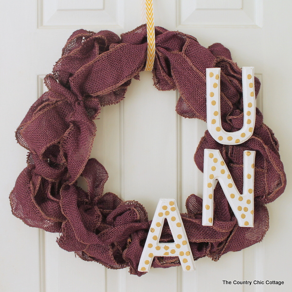 Dye burlap then create a gorgeous wreath to show off your school pride! Create one for your college or high school!