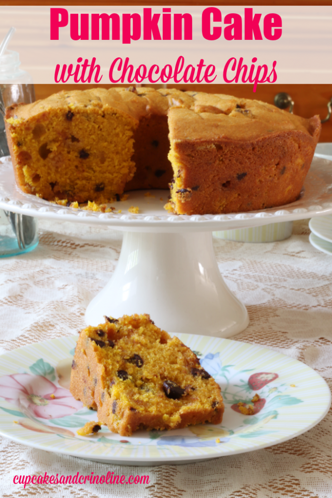 Pumpkin Cake with chocolate chips from cupcakesandcrinoline.com 2