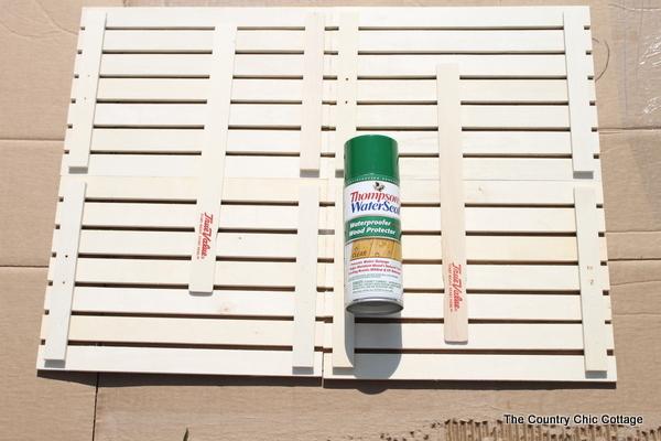 Make your own wood door mat in just 15 minutes!