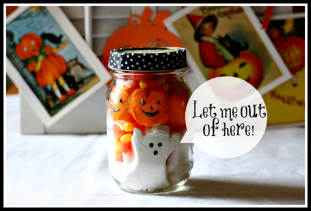 Halloween-Treat-Jar-Cupcakes-and-Crinoline-4