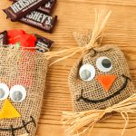 Scarecrow DIY Halloween Treat Bags