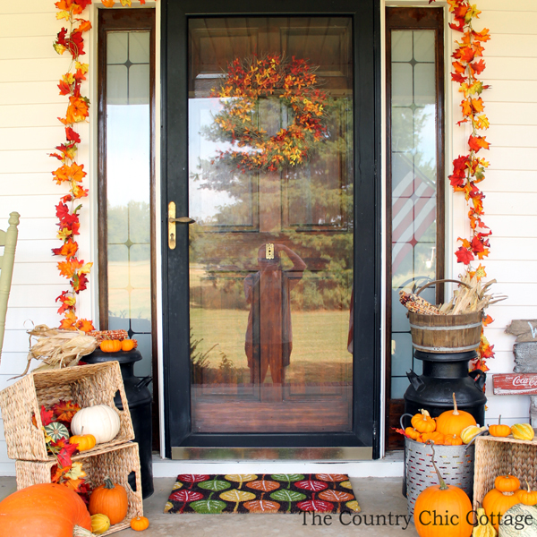 Country Front Door Decorations: The Country Chic Cottage