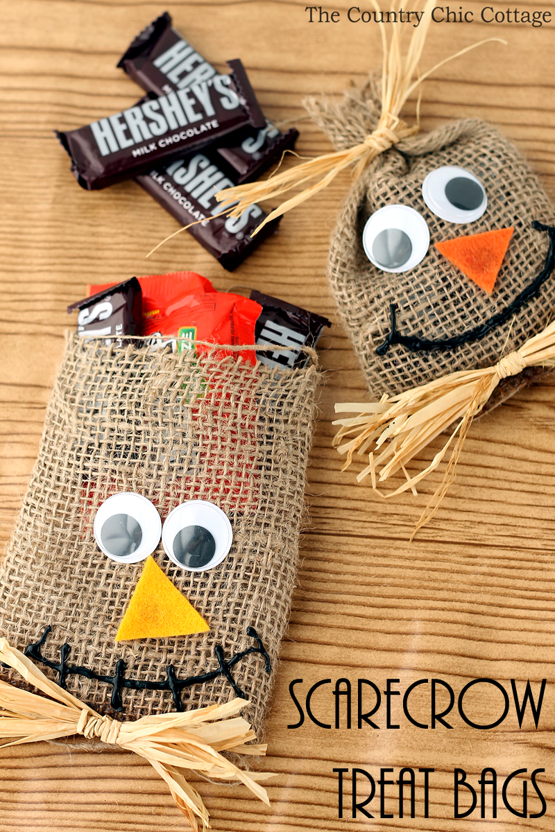 Make These Scarecrow Treat Bags For Halloween! Burlap And Raffia Combine  Into This Fun Craft