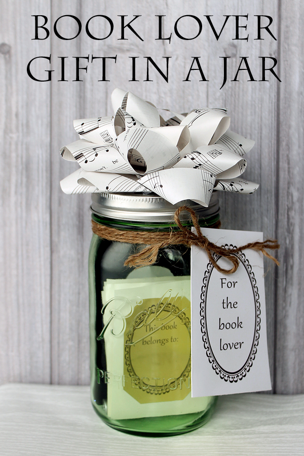 Book lover gift in a jar the country chic cottage Christmas gift ideas for cooking lovers