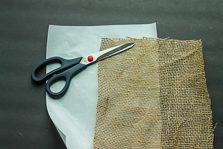 cutting burlap to size