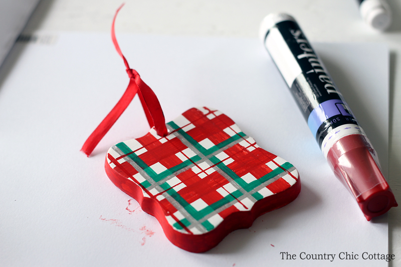 Paint a plaid ornament easily with a few simple tools!