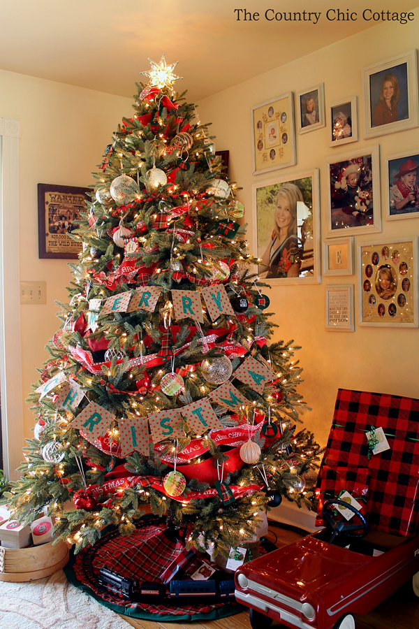 farmhouse christmas tree with plaid ornaments the. Black Bedroom Furniture Sets. Home Design Ideas