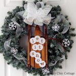 Make this snow wreath for your home this holiday season! A fun addition to your door for Christmas and winter!