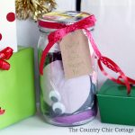 Make this build a sock puppet gift idea in just minutes for every kid on your gift giving list! This is a gift in a jar that is perfect for the holidays, birthdays, and more!