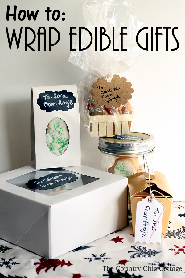 How to wrap edible gifts for the holidays! Use these great ideas to give cookies and more for Christmas to everyone on your gift giving list!