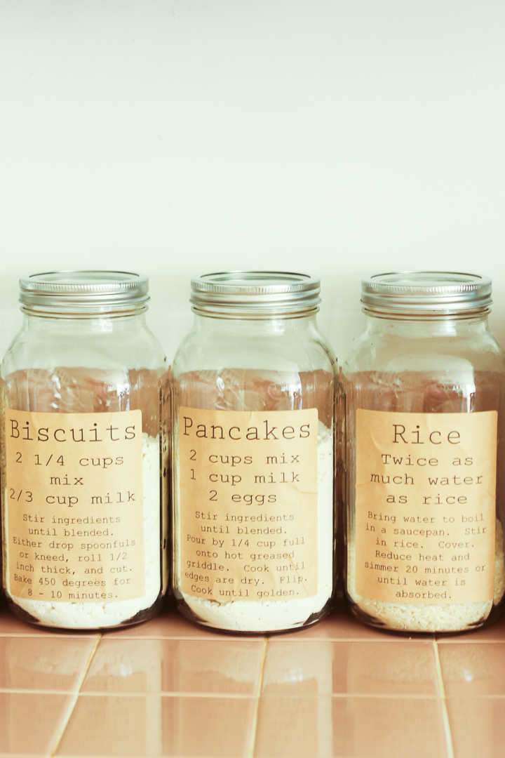 Use these printable pantry labels to organize your most essential pantry ingredients! Mason jar labels for biscuit mix, pancake mix, and rice.
