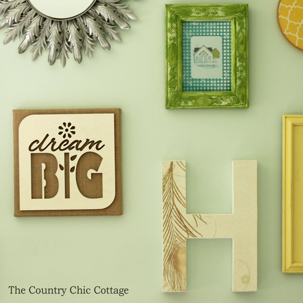 You Can Make This Burlap Wall Art In Just Minutes! Uses A Wood Cutout And