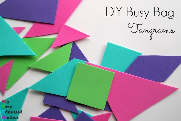 You will love these quick and easy crafts that are sure to keep your kids busy! Great kids crafts that keep little hands busy!