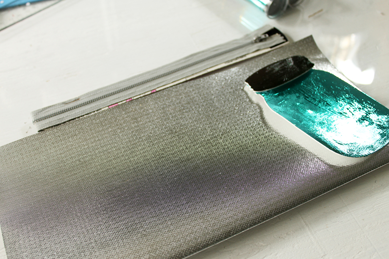 Make this DIY zipper pouch to travel with all of your make up! You can use this great metallic fabric and even add a metallic mason jar if you wish!