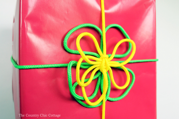 Add this macrame gift wrap to any gift that you are giving! A quick and easy craft idea!
