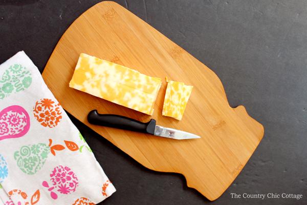 Mason jar cutting board make your own the country for Make your own chopping board