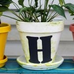 Make this marbled flower pot for your home! A step by step tutorial on how to marble easily and add a painted monogram!