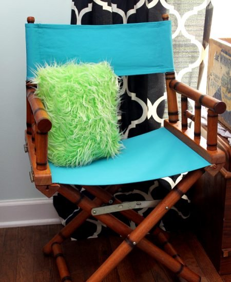 How to Paint Chair Fabric - grab your paint and change the appearance of upholstery!