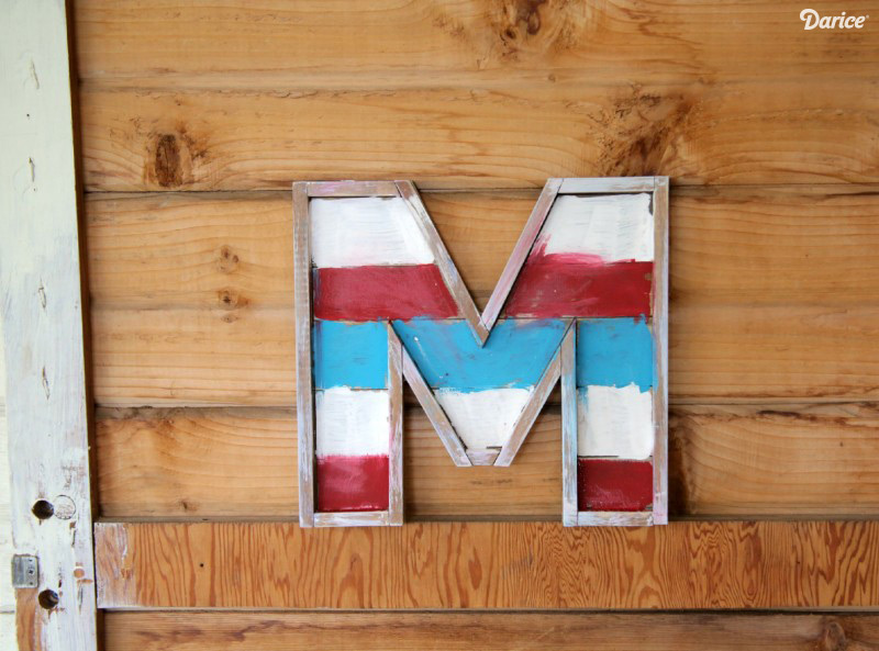 Patriotic-DIY-Monogram-Barn-Wood-Letter-Darice-2