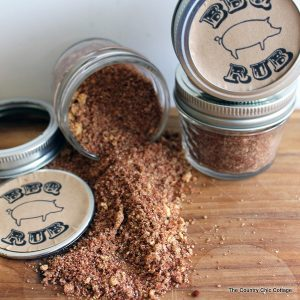 This Father's Day gift in a jar will be a hit with any dad! Grab the simple ingredients and mix up your own BBQ rub today!