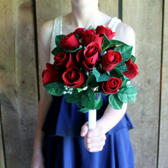 Learn how to make a bridal bouquet for your wedding! A great way to save money!