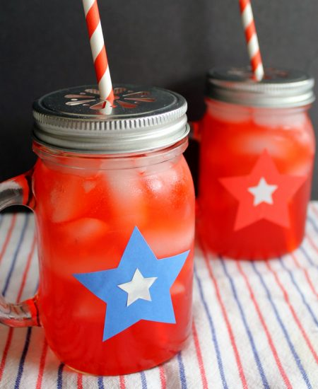 Add these summer party glasses to any party! A quick and easy craft that will being patriotic spin to any party!