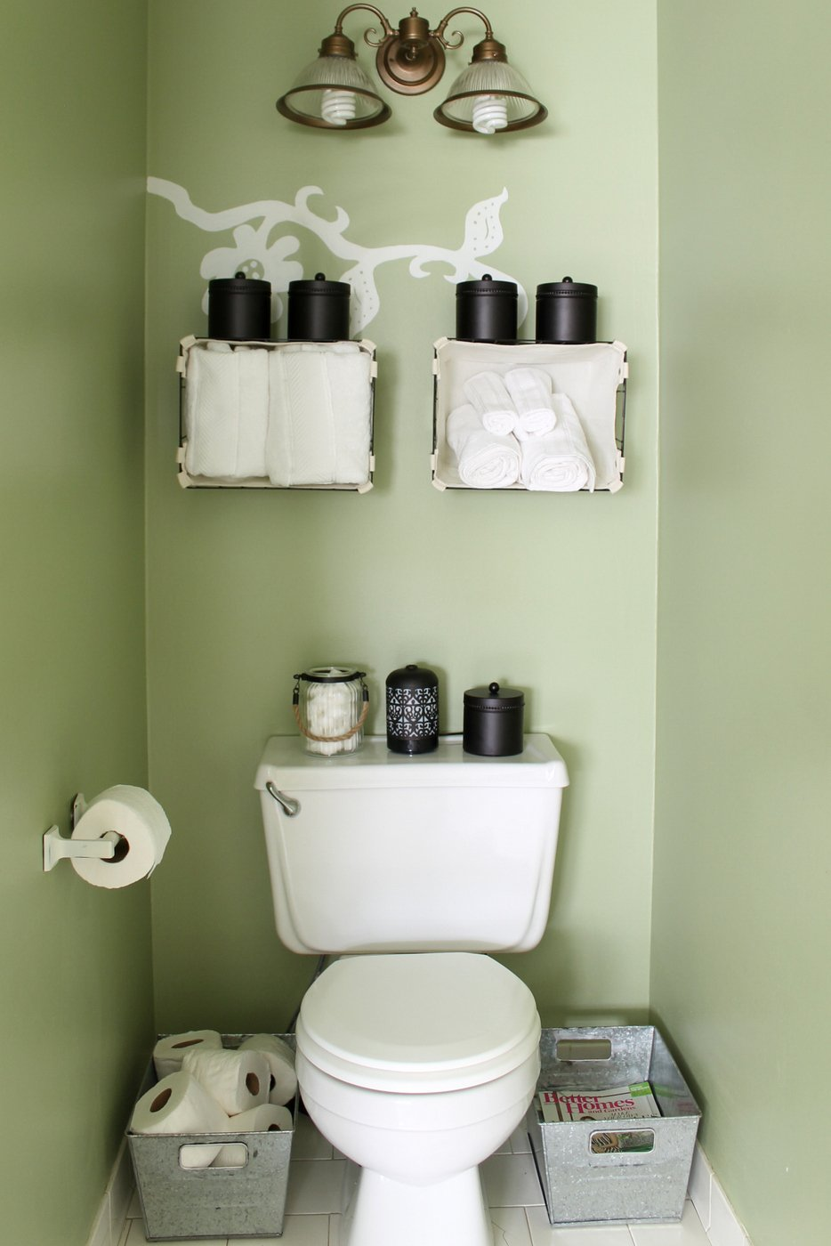 small bathroom organization ideas the country chic cottage. Black Bedroom Furniture Sets. Home Design Ideas