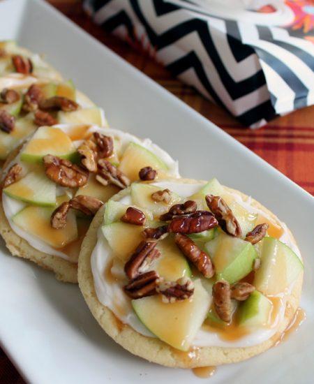 Make this caramel apple cookies recipe this fall! YUM!