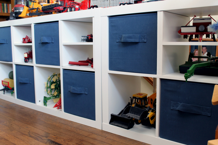 Sports Themed Room - make a big impact with small changes in any kids room!