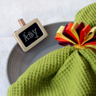 Give these Thanksgiving place card ideas a try for your fall party!