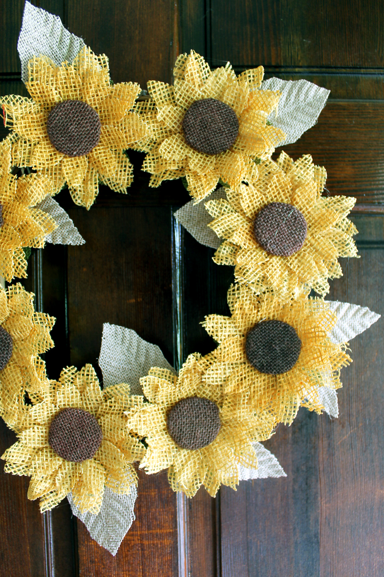 Make this awesome burlap sunflower wreath for fall, summer, or anytime of the year!