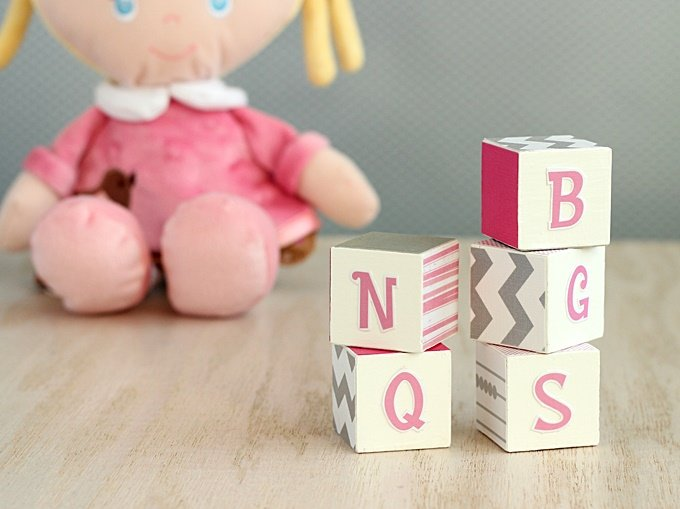 diy-alphabet-blocks-kids-02