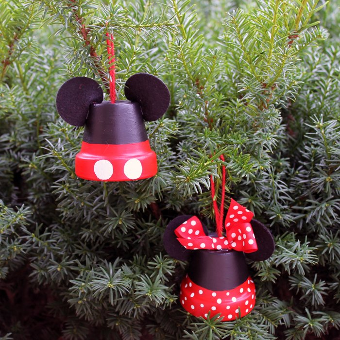These Mickey and Minnie ornaments are perfect for your tree! Make your own Disney inspired ornaments for Christmas!
