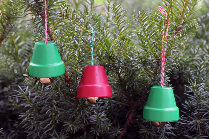 how to make a christmas bell at home