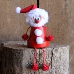 Make this terra cotta Santa for your home! Pots become Christmas decor!