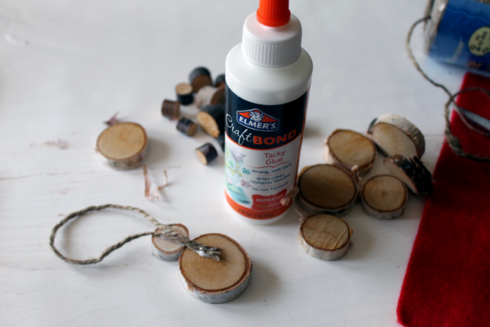 elmers glue wood slice