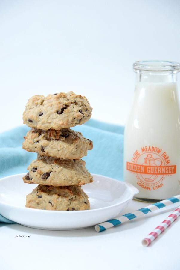 banana-oatmeal-chocolate-chip-cookies-7