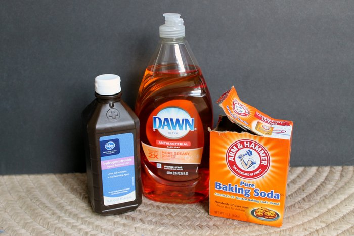 how to make homemade cleaning solution
