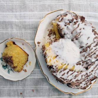 Make this slow cooker coffee cake recipe any morning of the week!