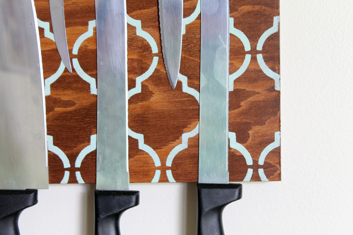 This magnetic knife block is a great way to organize your kitchen knives