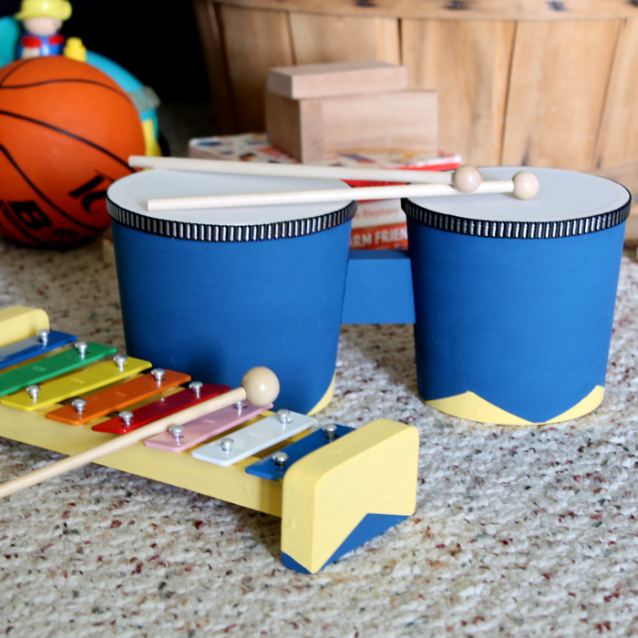 Painting toy wood instruments makes a great gift idea that is inexpensive and perfect for kids!