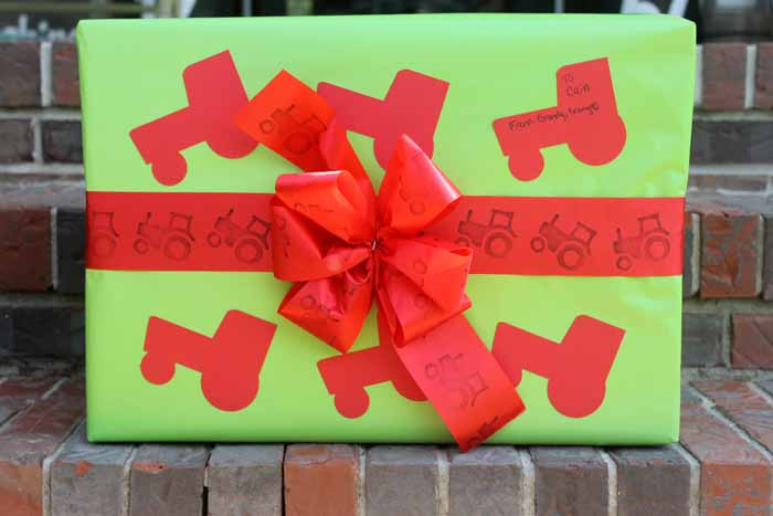 The perfect DIY tractor wrapping paper for a farm birthday party!